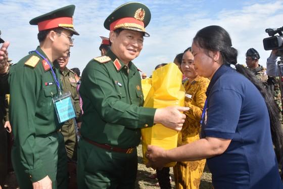 Việt Nam – Campuchia diễn tập cứu hộ, cứu nạn khu vực biên giới đất liền   ảnh 3