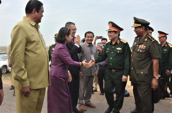 Việt Nam – Campuchia diễn tập cứu hộ, cứu nạn khu vực biên giới đất liền   ảnh 6