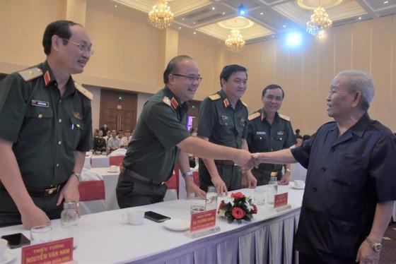 Gặp mặt cựu cán bộ cao cấp Quân đội nghỉ hưu trên địa bàn Quân khu 7  ảnh 3