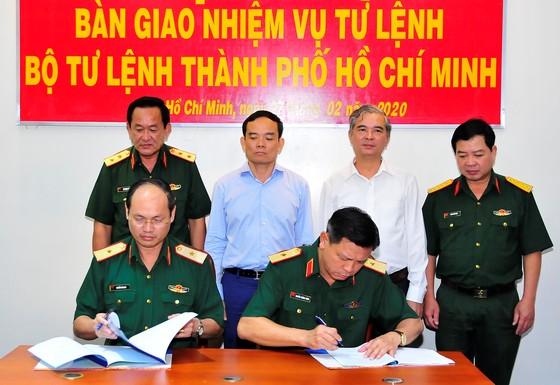 Thiếu tướng Nguyễn Văn Nam giữ chức Tư lệnh Bộ Tư lệnh TPHCM ảnh 5