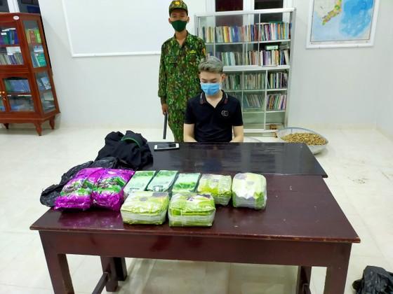 Đặc nhiệm Biên phòng miền Nam triệt phá đường dây ma túy lớn từ Campuchia về TPHCM ảnh 3