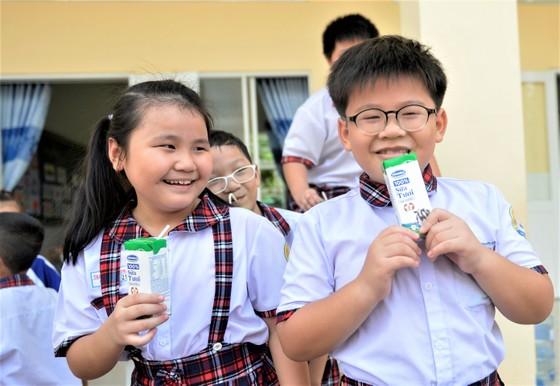 Chương trình Sữa học đường tại TPHCM: Mở rộng học sinh toàn thành phố ảnh 2