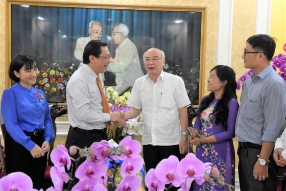 TPHCM: Nhiều quận, huyện kỷ niệm 90 năm Ngày truyền thống MTTQ Việt Nam ảnh 6