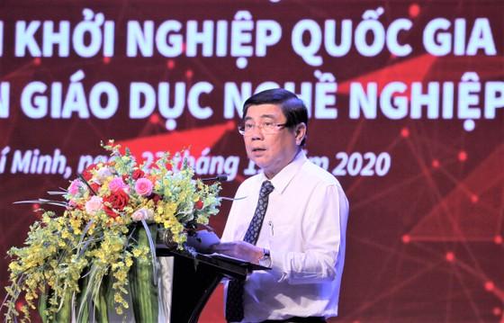 Ai là người làm cho đất nước giàu, nếu như không phải là người Việt Nam ảnh 3