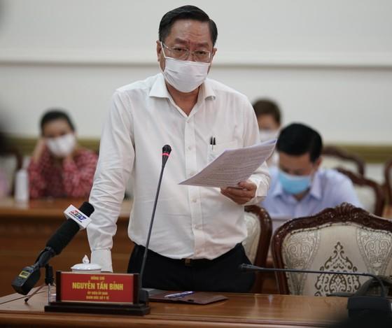 TPHCM ghi nhận 32 ca dương tính với SARS-CoV-2 liên quan tới ổ dịch sân bay Tân Sơn Nhất ảnh 2