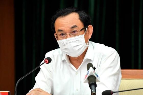 Bí thư Thành ủy TPHCM Nguyễn Văn Nên: Xem xét, chọn lựa những giải pháp tốt nhất cho thành phố và người dân, doanh nghiệp ảnh 1