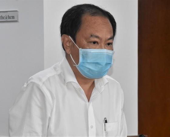 Phó Chủ tịch UBND TPHCM Dương Anh Đức: 'Không có sự phân biệt, chọn lọc người được tiêm vaccine Covid-19' ảnh 2