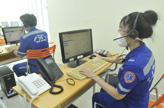 Chủ tịch UBND TPHCM Nguyễn Thành Phong: Tuyệt đối không được chậm trễ vận chuyển bệnh nhân F0 ảnh 3