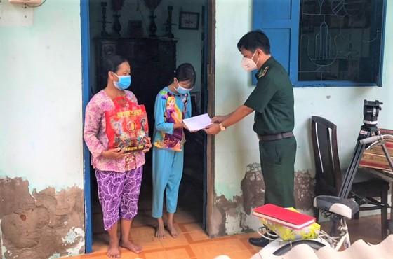 TPHCM: Học sinh xã đảo Thạnh An (Cần Giờ) đi học lại sau ngày 30-9 ảnh 1