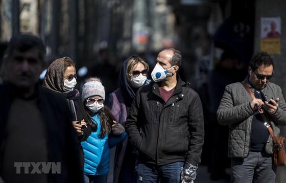 Hàn Quốc ghi nhận ca tử vong thứ tám, 833 người nhiễm Covid-19 ảnh 3