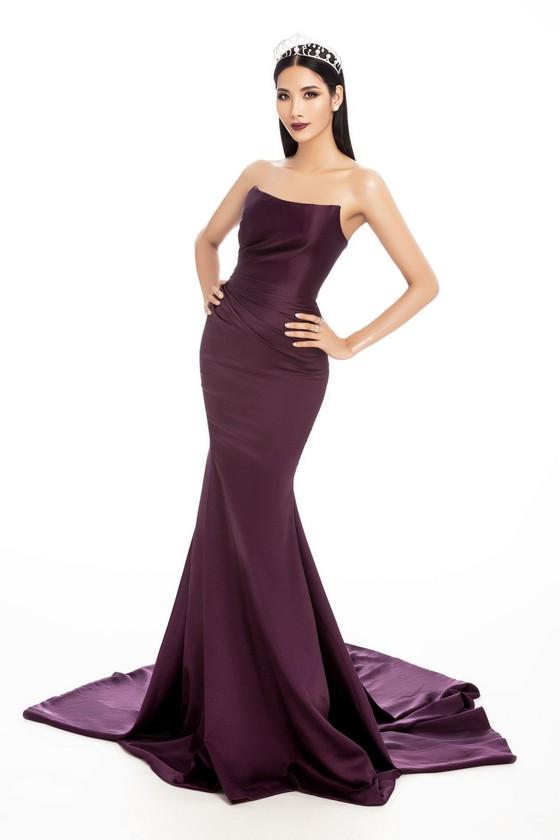 Á hậu Hoàng Thùy là đại diện Việt Nam tham gia Hoa hậu Hoàn vũ Thế giới 2019 ảnh 6