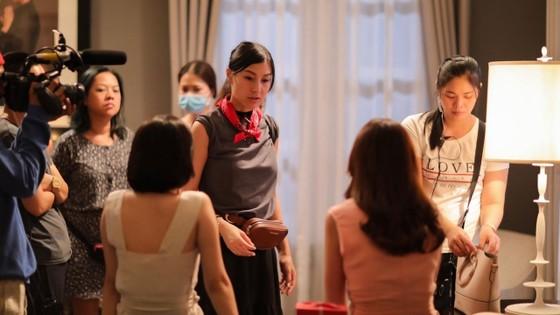 Kathy Uyên: Thăng trầm 30 năm theo đuổi nghệ thuật và con đường điện ảnh tại Việt Nam ảnh 1