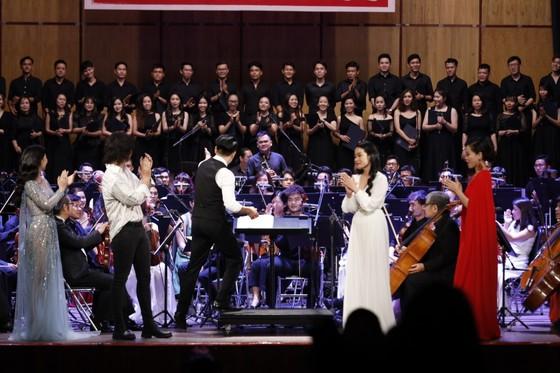 Thưởng thức đêm nhạc phim cùng NSND Tạ Minh Tâm, NSƯT Hồng Vy, Võ Hạ Trâm, Hồ Trung Dũng... ảnh 1