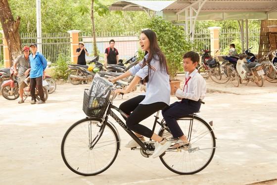Hoa hậu Hoàn vũ Việt Nam trao yêu thương với những hoạt động hỗ trợ cộng đồng ảnh 9