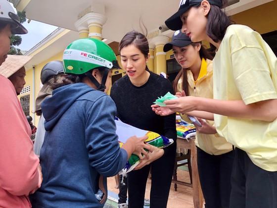 Hoa hậu Hoàn vũ Việt Nam trao yêu thương với những hoạt động hỗ trợ cộng đồng ảnh 2