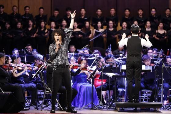 Đêm hòa nhạc HBSO đầy sắc màu đón chào năm mới 2021  ảnh 4