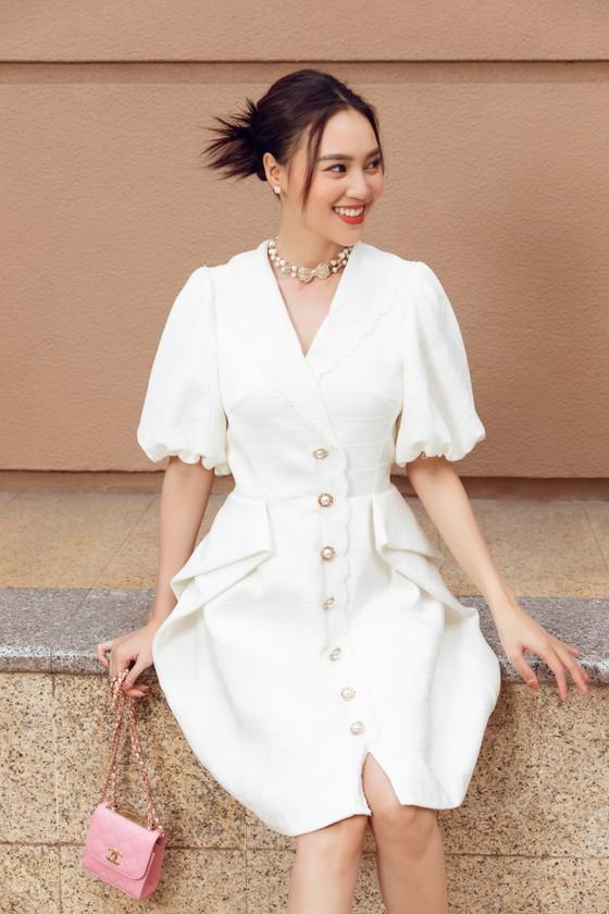 Ninh Dương Lan Ngọc gợi ý loạt váy diện dạo phố trong tiết trời se lạnh dịp cuối năm ở TPHCM ảnh 2