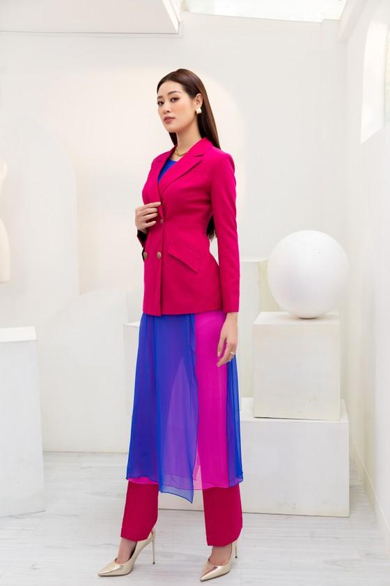 Hoa hậu Khánh Vân biến hóa với ba phong cách thời trang khác nhau  ảnh 2