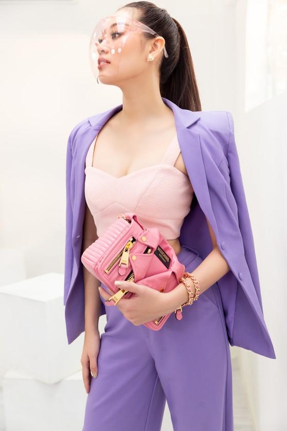 Hoa hậu Khánh Vân biến hóa với ba phong cách thời trang khác nhau  ảnh 4
