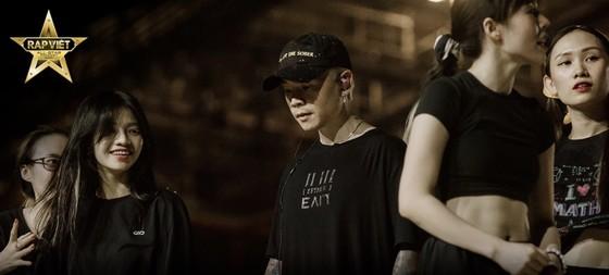 Live Concert Rap Việt All-Star hé lộ loạt hình ảnh tổng duyệt 'gây choáng' ảnh 5