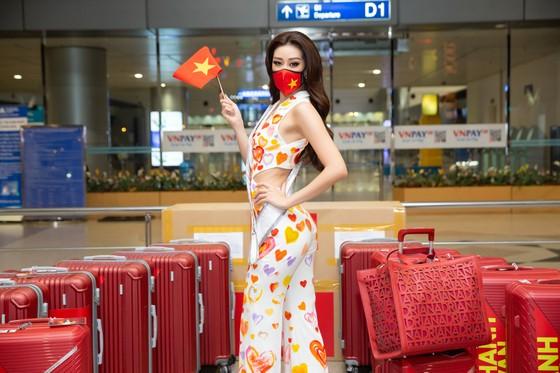 Hoa hậu Khánh Vân chính thức lên đường sang Mỹ chinh phục Miss Universe ảnh 1