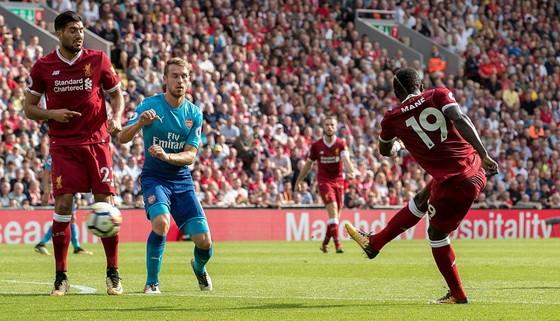Sadio Mane ghi bàn thắng thứ 2 cho Liverpool.