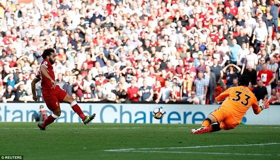 Liverpool vùi dập Pháo thủ Arsenal ảnh 1
