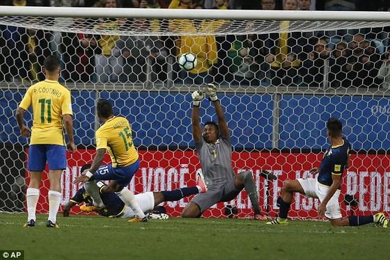 Vòng loại World Cup 2018: Argentina và Uruguay chia điểm, Brazil hạ Ecuador ảnh 1