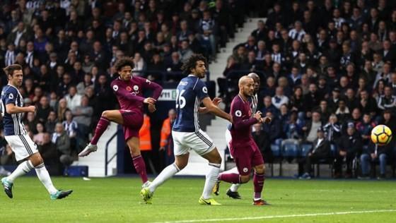 Manchester City xây chắc ngôi đầu ảnh 2