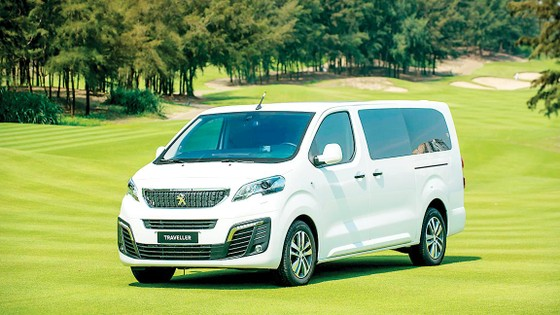 Peugeot giới thiệu bộ đôi Traveller trên toàn quốc ảnh 1