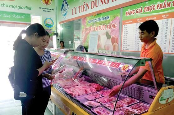 Thịt heo sạch vẫn đủ cung ứng thị trường ảnh 1