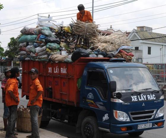 Tập trung cải thiện hạ tầng thu gom rác thải ảnh 1