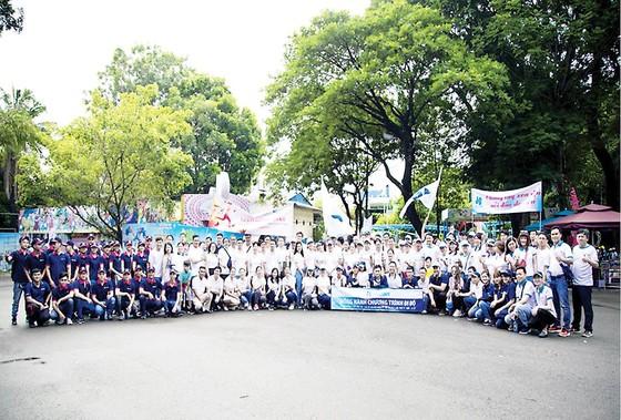 Hòa Bình tham gia đi bộ vì nạn nhân chất độc da cam ảnh 2