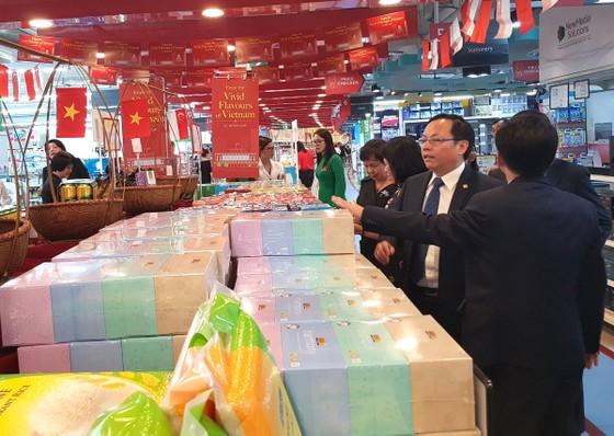 Xuất khẩu hàng Việt qua kênh phân phối tăng ảnh 1