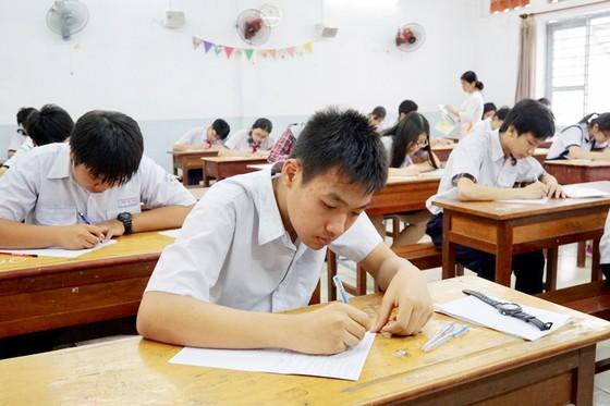 Sáng 2-6, hơn 87.000 thí sinh bước vào kỳ thi tuyển sinh lớp 10 công lập ảnh 2