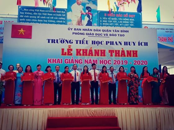 Khánh thành và khai giảng Trường Tiểu học Phan Huy Ích (quận Tân Bình) ảnh 2