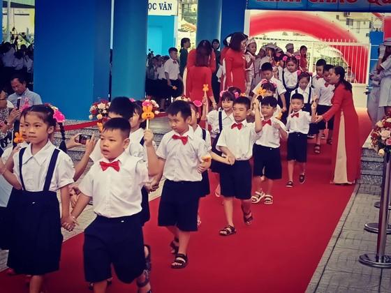 Khánh thành và khai giảng Trường Tiểu học Phan Huy Ích (quận Tân Bình) ảnh 3