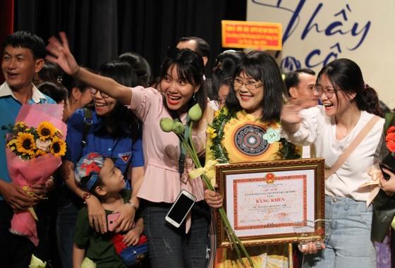50 nhà giáo, cán bộ quản lý được trao tặng giải thưởng Võ Trường Toản lần thứ 22 năm 2019 ảnh 8