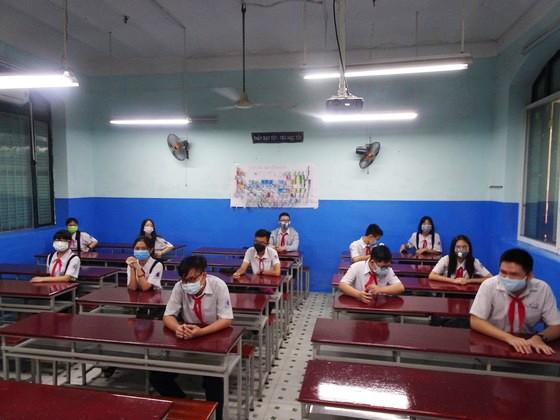 TPHCM: Trường học đảm bảo an toàn cho học sinh khi trở lại trường sau thời gian nghỉ học vì dịch Covid-19 ảnh 2