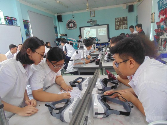 TPHCM: Hướng dẫn thu học phí sau khi học sinh trở lại trường vì ảnh hưởng dịch Covid-19 ảnh 1
