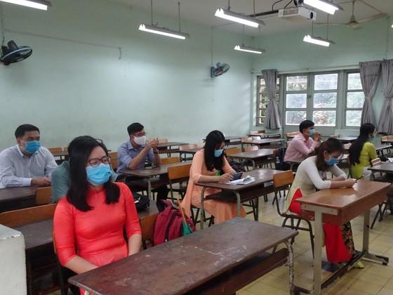 Gần 1.200 ứng viên tham gia vòng thi thực hành xét tuyển viên chức giáo dục tại TPHCM ảnh 1