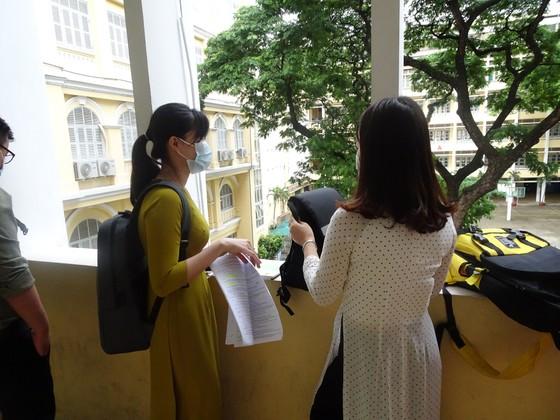 Gần 1.200 ứng viên tham gia vòng thi thực hành xét tuyển viên chức giáo dục tại TPHCM ảnh 4
