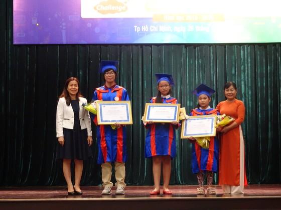 TPHCM vinh danh học sinh đạt giải thưởng cao tại các cuộc thi tiếng Anh và tin học quốc tế ảnh 1