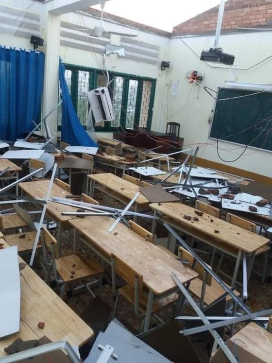 Sử dụng Quỹ phòng chống thiên tai, lụt bão để khắc phục sự cố tốc mái tại Trường Bình Phú ảnh 1