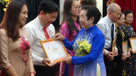 TPHCM tổ chức kỷ niệm 20 năm trao học bổng cho sinh viên nghèo vượt khó  ảnh 2