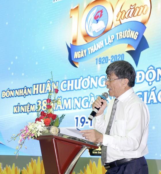 """Trường tiểu học """"100 năm tuổi"""" đón nhận Huân chương Lao động hạng nhất ảnh 4"""