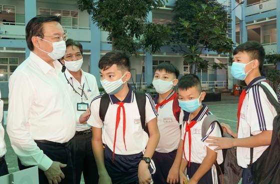 TPHCM: Hơn 1,7 triệu học sinh quay lại trường học  ảnh 3