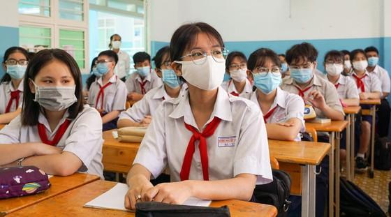 TPHCM: Hơn 1,7 triệu học sinh quay lại trường học  ảnh 5