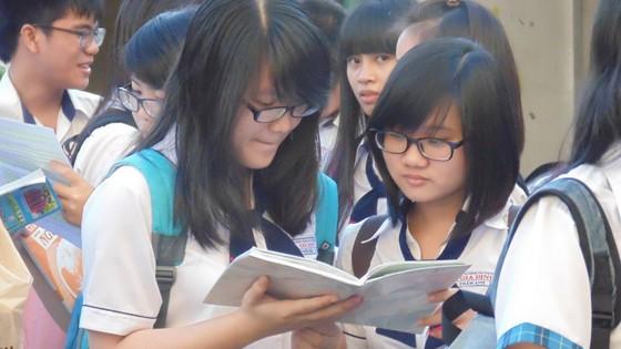 TPHCM: Lùi thời gian thi học sinh giỏi lớp 9 và lớp 12 năm học 2020-2021 ảnh 1