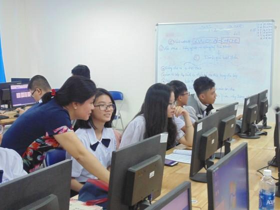 TPHCM phê duyệt Đề án nâng cao năng lực và kỹ năng ứng dụng tin học cho học sinh phổ thông theo chuẩn quốc tế ảnh 1